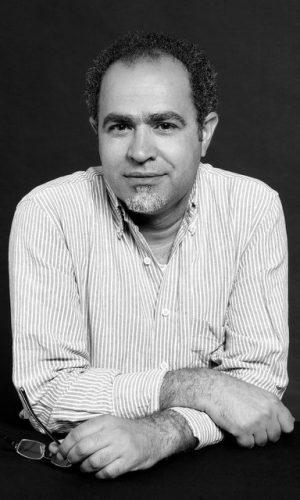 ABDUL HADI SADOUN (Bagdad – Irak, 1968). Escritor, hispanista, y editor. Reside en Madrid desde 1993. Doctor en filosofía y letras en universidad Autónoma de Madrid.